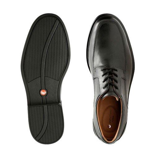 CLARKS UN ALDRIC PARK BLACK 26132576 | Must Shoes